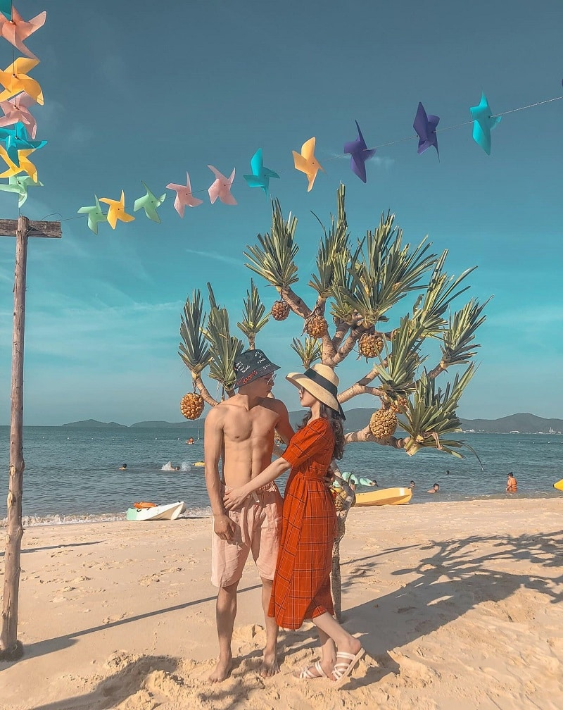 Chơi gì ở Cô Tô? Địa điểm du lịch Cô Tô, bãi biển Hồng Vàn