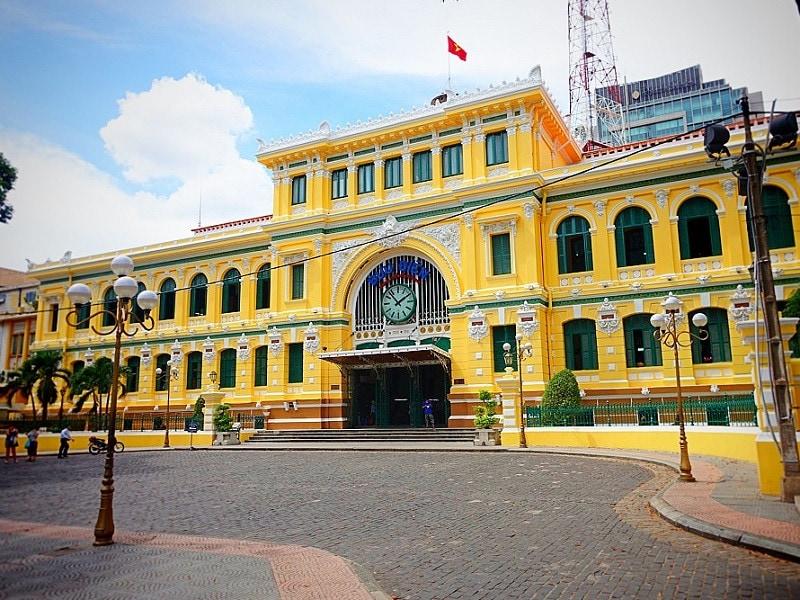 Du lịch Sài Gòn một ngày nên đi đâu? Các điểm tham quan Sài Gòn trong ngày