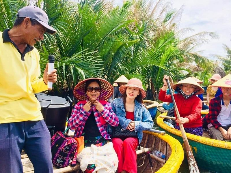 Review rừng dừa Bảy Mẫu Cẩm Thanh, đi thuyền thúng ở rừng dừa Bảy Mẫu