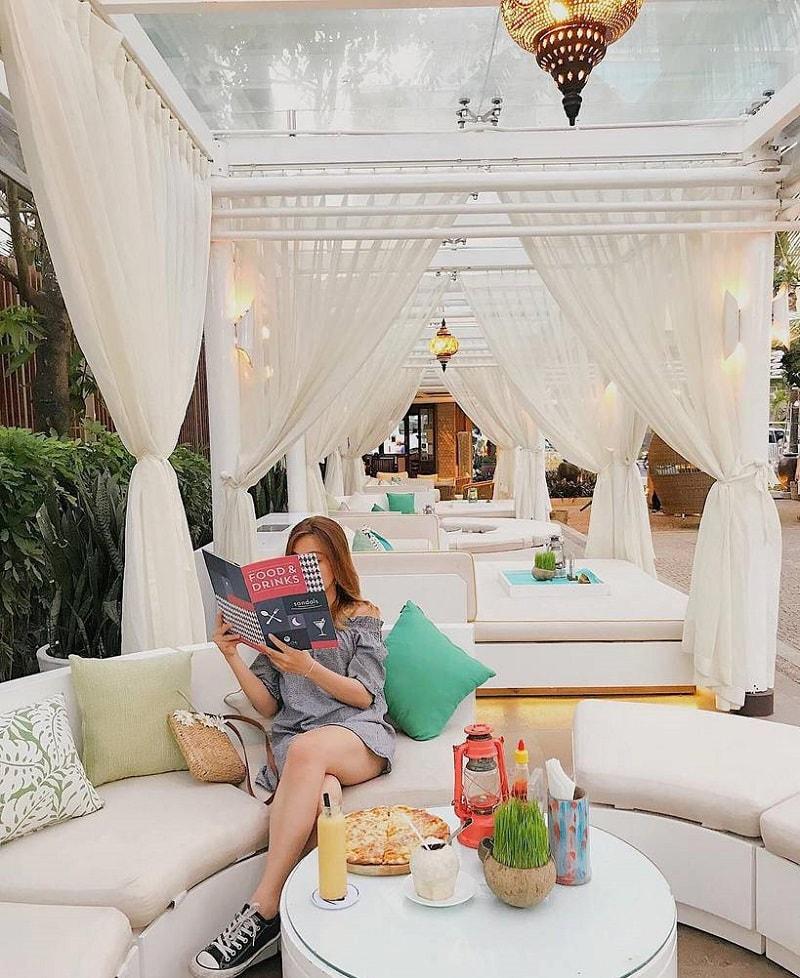 Quán cà phê view biển đẳng cấp ở Nha Trang