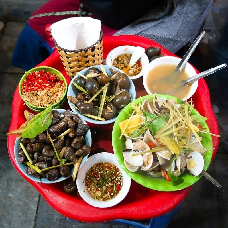 Top 10 quán ăn đêm ở Đà Lạt - Ốc gánh chợ đêm Đà Lạt