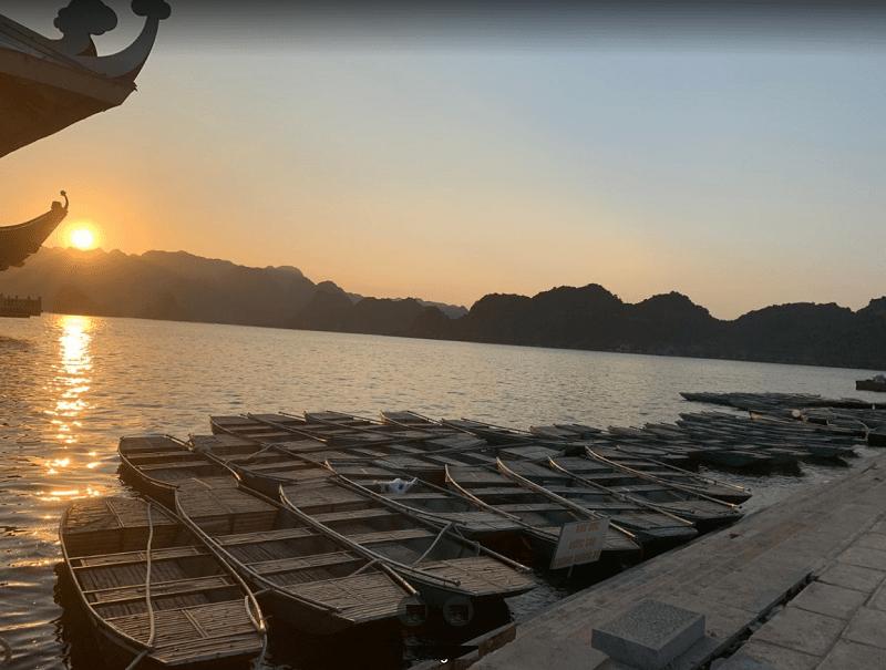 Kinh nghiệm du lịch chùa Tam Chúc. Bến thuyền ở chùa Tam Chúc