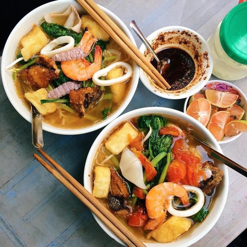 Kinh nghiệm chọn quán ăn ngon ở Hạ Long như người bản địa