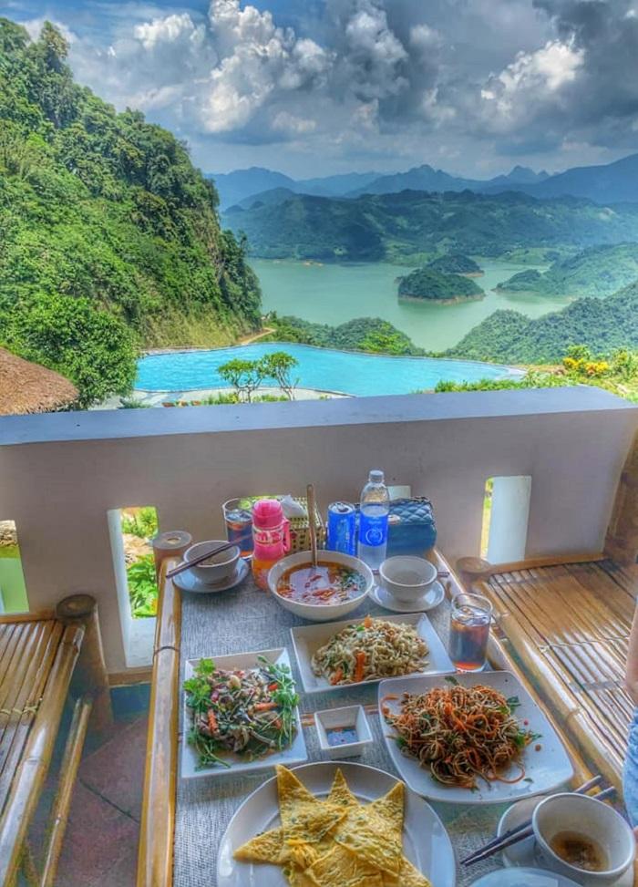 Ăn gì ở Ba Khan? Một bữa ăn tại Ba Khan Resort