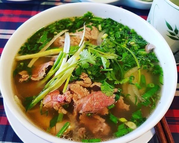 Quán ăn ngon ở Hà Nội, phở 10 Lý Quốc Sư