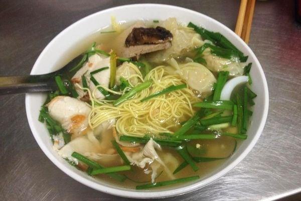 Quán ăn ngon tại Hà Nội, mỳ vằn thắn Bình Tây
