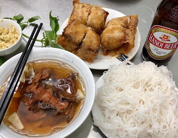 Quán ăn ngon Hà Nội, quán ăn nổi tiếng ở Hà Nội, bún chả Lê Văn Lương
