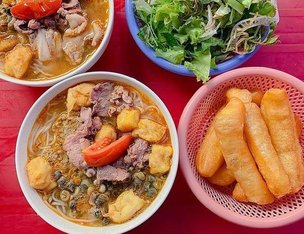 Quán ăn ngon Hà Nội, bún riêu Quang Trung