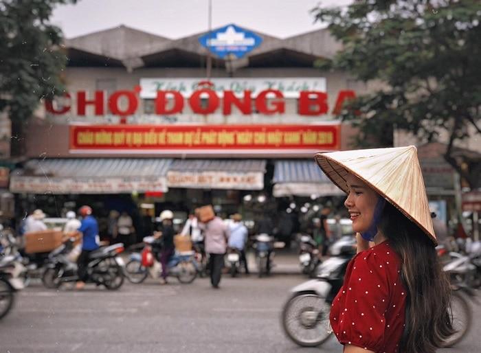 Du lịch Huế 1 ngày nên đi đâu, chợ Đông Ba
