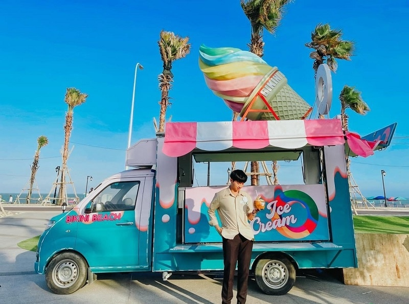 Kinh nghiệm du lịch Phan Thiết, check in với xe kem màu xanh